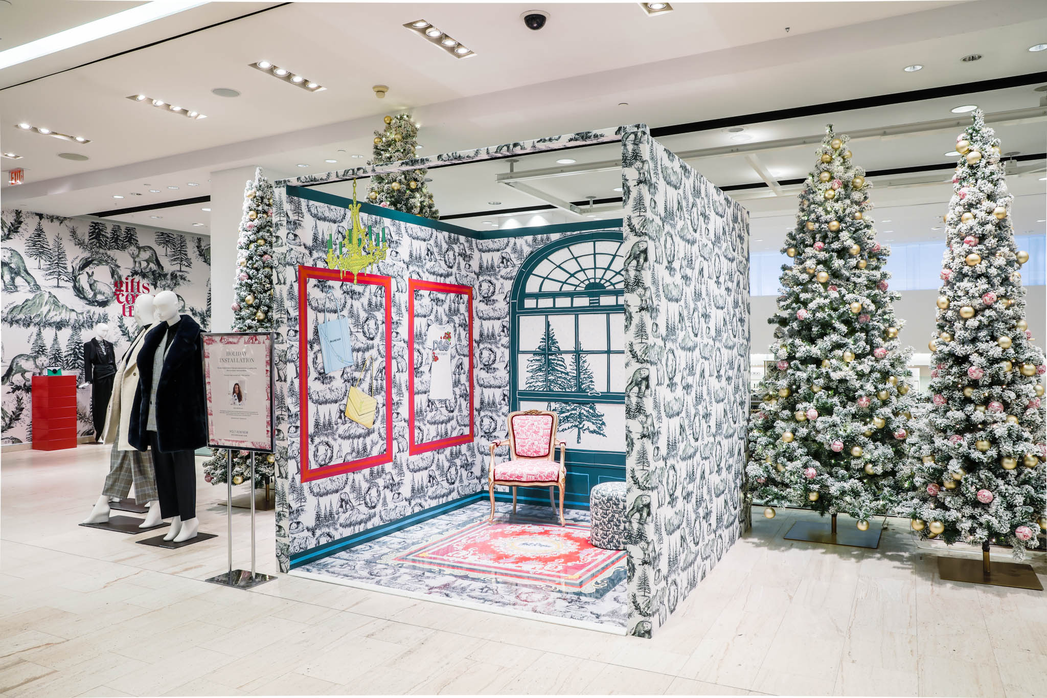2ASTOUND_HoltRenfrew_2019_Holiday2019_-08