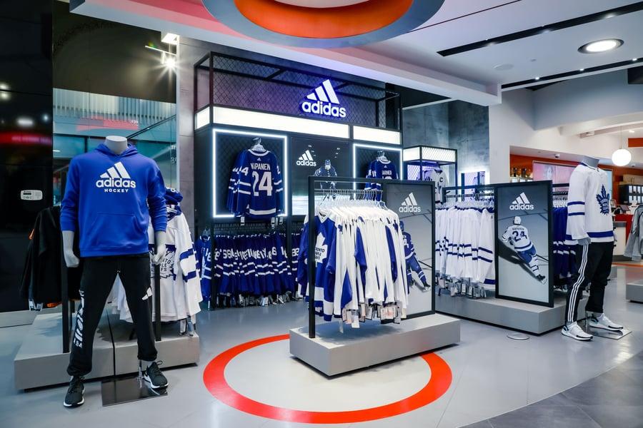ASTOUND_adidas_2019_SportChekMapleLeafSquare_(3)