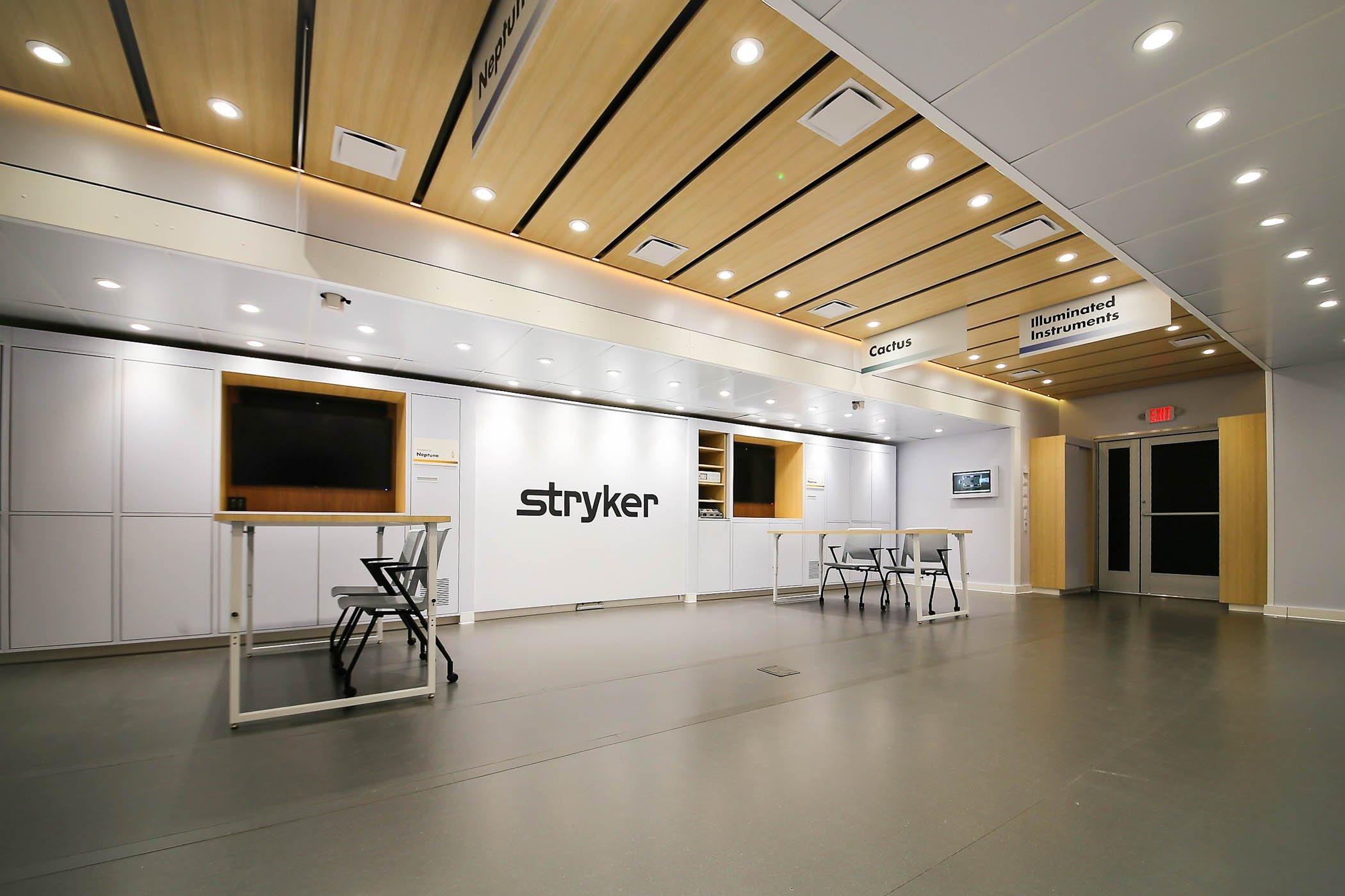 ASTOUND_Stryker_2020_MobileTrailer_-02