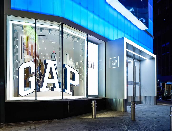 ASTOUND_GAP_Retail_TimesSquare_(1)