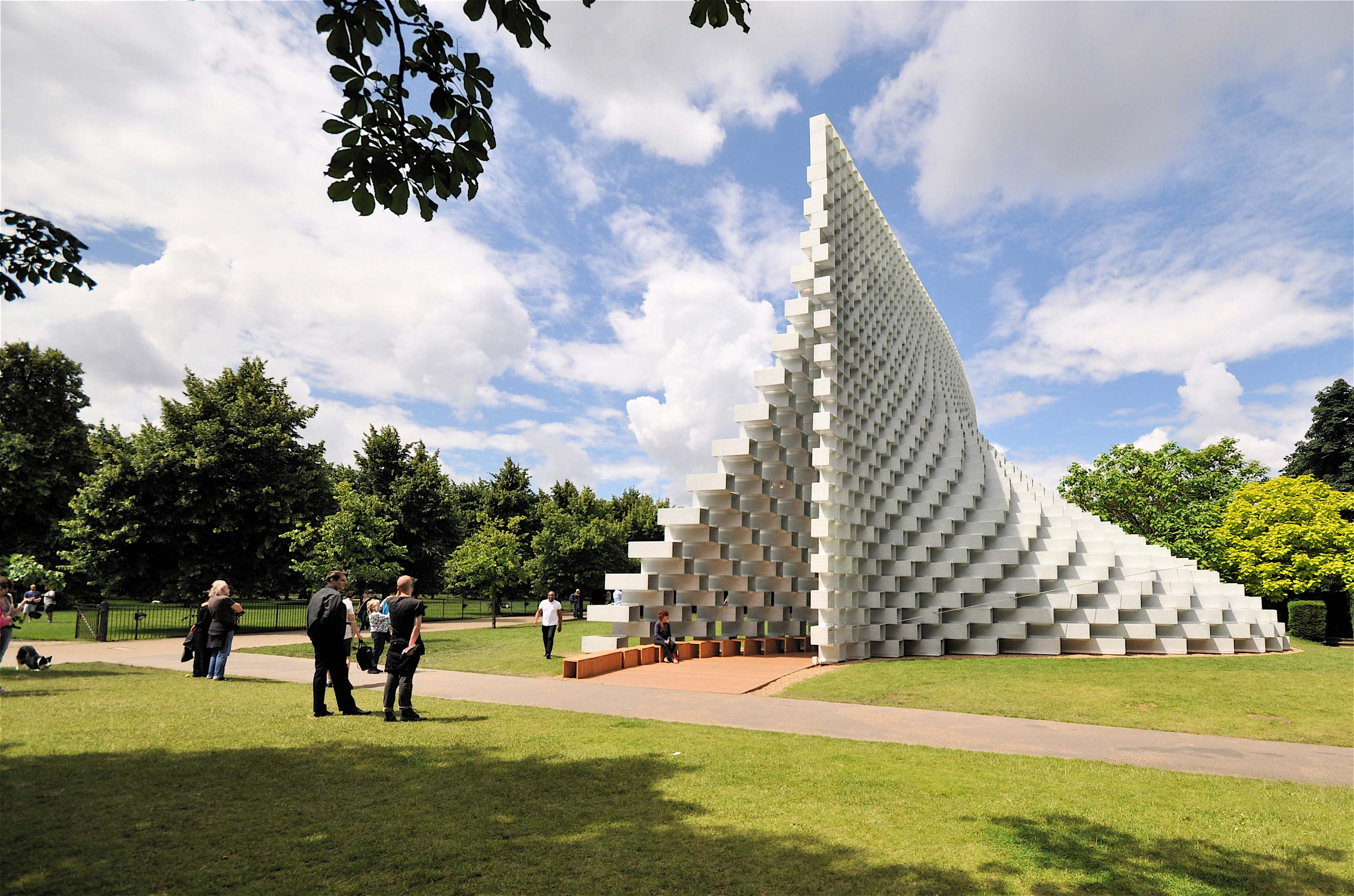 ASTOUND_SerpentinePavilion_Stock_(2)